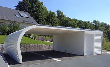 Carport mit Geräteraum - praktische und innovative Lösung im ...