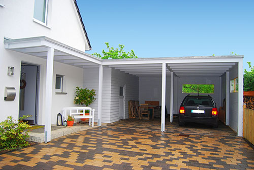 carport mit dem hauseingang kombinieren im ratgeber auf. Black Bedroom Furniture Sets. Home Design Ideas
